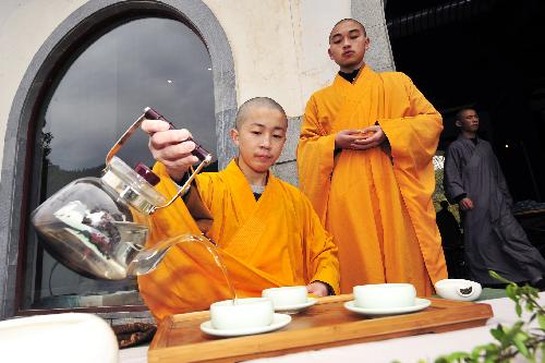 Buddhist monks tea time